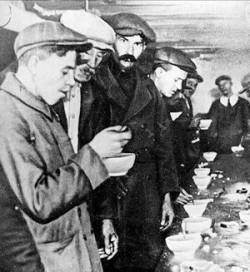 Soupe populaire pour chômeurs à New York en 1929