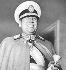 Juan Perón, surnommé « le Conducteur »