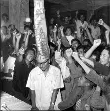 Une humiliation publique durant la Révolution Culturelle