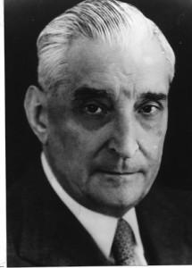 Antonio de Oliveira Salazar, né en 1889 fut Président du Conseil du Portugal de 1932 à 1968.