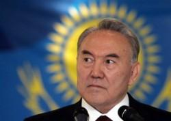 Les anciennes élites soviétiques ont conservé leur pouvoir en Asie centrale après les indépendances, comme ici Nursultan Nazarbayev, ancien Secrétaire général du Parti Communiste de la RSS du Kazakhstan, qui préside le pays depuis 1991.
