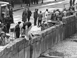 La construction du Mur de Berlin