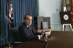 Nixon lors de son discours télévisé du 29 avril 1974 sur le Watergate