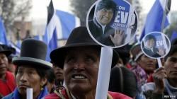 Réélu à plus de 60% des voix, Evo Morales accède à son troisième mandat présidentiel