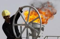 Malgré un marché excédentaire, l'Arabie Saoudite accroit sa production, à dessein...