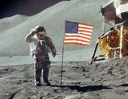 Apollo 11, parangon de la domination américaine sur les masses mondiales