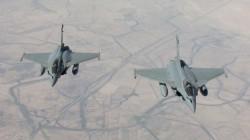 Deux Rafales de l'armée française survolant l'Irak