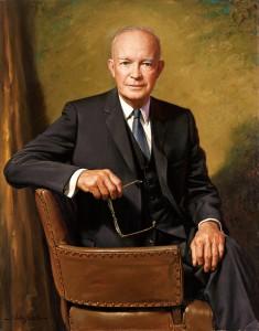 """Dwight Eisenhower : """"Lorsque vous faites usage de la force, il est une chose à ne jamais faire : perdre."""""""