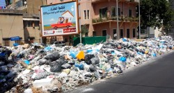 Au Liban les rues sont remplies de déchets
