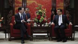 Rencontre à Beijing entre George Osborne et le Premier ministre chinois,  Li Keqiang. (c) Getty
