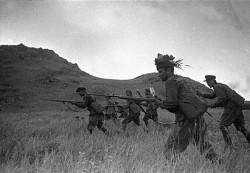 Des soldats de l'infanterie soviétique, lors de la bataille du lac Khassan (29 juillet - 11 août).