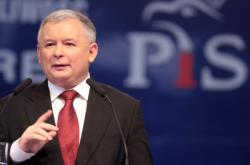 Jarosław Kaczyński, nouveau premier ministre polonais, ne veut pas quitter l'Union Européenne mais ne cesse de la fustiger.. Quel entre-deux pour perdurer la réussite polonaise ?