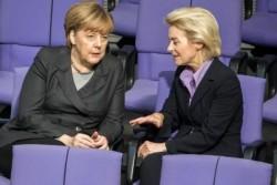 Angela Merkel et sa ministre de la défense Ursula von der Leyen.