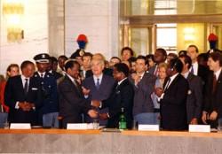 Signature de l'accord de paix du Mozambique grâce à la médiation de Sant'Egidio