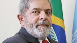 L'ancien président brésilien Lula, apôtre de la gauche moderne du XXIe siècle, au bilan et au statut depuis critiqués