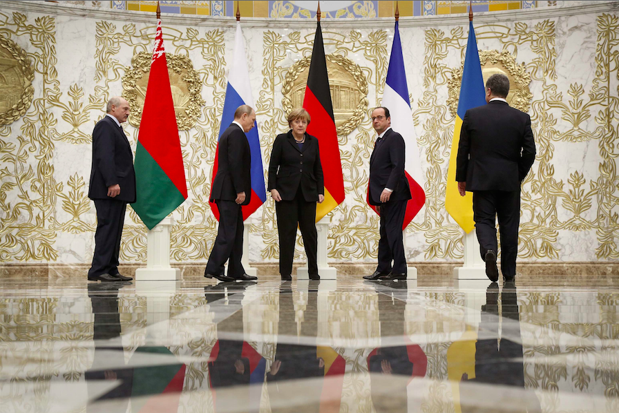 Sommet de Minsk pour trouver une solution au conflit en Ukraine.