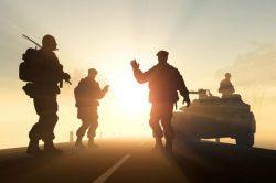 La doctrine de la guerre juste vise à réconcilier la pratique de la guerre avec l'idée d'une certaine justice.
