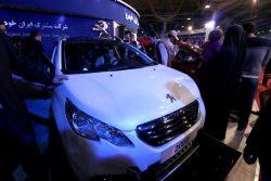 Peugeot présente ses modèles au Salon Internationale de l'Automobile à Téhéran le 2 Mars 2016