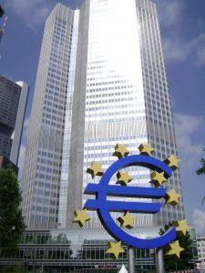 Berlin et Paris se disputent la présidence de la BCE