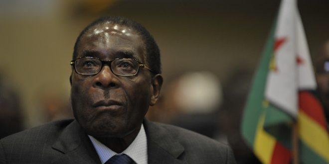 Robert Mugabe : de héros à tyran, la fin d'une époque