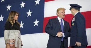 Lors de la première étape japonaise de sa tournée, Donald Trump s'est rendu à la base américaine de Yokota.