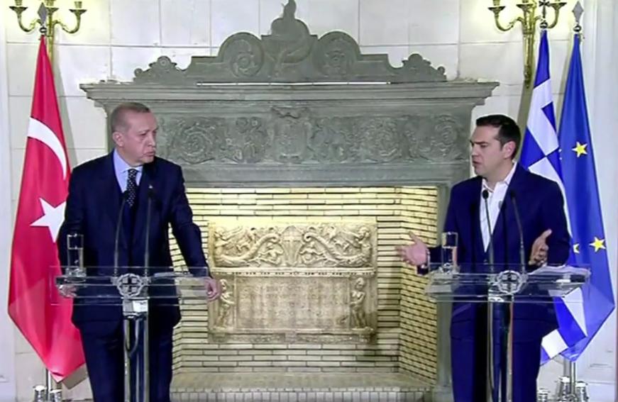 Visite d'Erdogan en Grèce: petits pions, grandes diversions