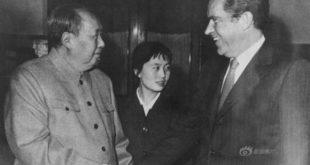 Mao Zedong et Richard Nixon lors de la diplomatie du ping-pong