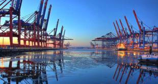 Le port de Hambourg, pionnier en matière de logistique navale connectée.