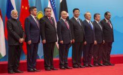 L'arrivée des nouveaux membres a marqué non seulement la réconfiguration géopolitique de l'OCS, mais aussi le déplacement de son vecteur de développement et a ouvert ainsi des opportunités pour un éventuel « rééquilibrage » des pouvoirs.