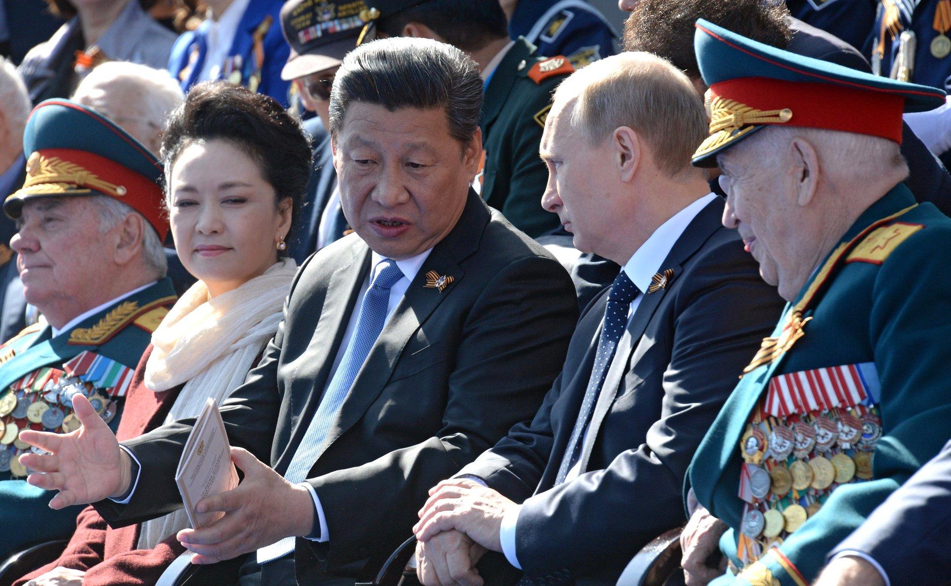 Vladimir Poutine et Xi Jinping, symboles d'une alliance durable ?