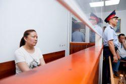 Mme Sayragul Sauytbay témoigne à la barre au Kazakhstan, juillet 2018