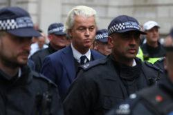 Geert Wilders a finalement annulé le concours après qu'un pakistanais planifiant son assassinat ait été arrêté par la police hollandaise