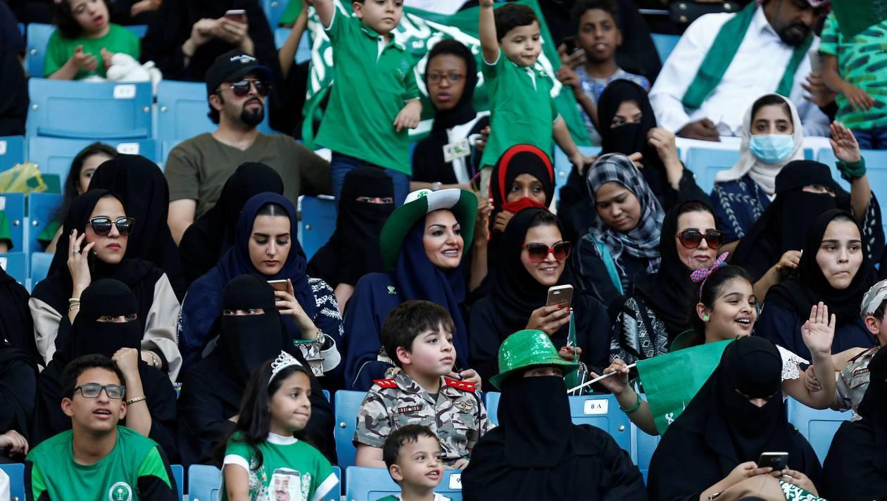 Les femmes autorisées à assister à des matchs de football en Arabie Saoudite