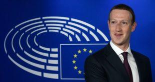 Taxe GAFA : Mark Zuckerberg, PDG de Facebook devant le drapeau européen