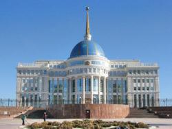 La symbolique de l'architecture du palais présidentiel à Nursultan, au Kazakhstan, représente bien l'image que souhaitait montrer Nursultan Nazarbayev.