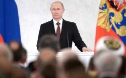 Vladimir Poutine, symbole du conservatisme russe