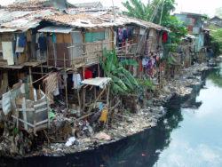 Le choix de changement de capitale permettra au gouvernement indonésien de désengorger Jakarta et l'île de Java.