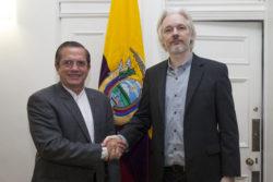 Assange et le président équatorien