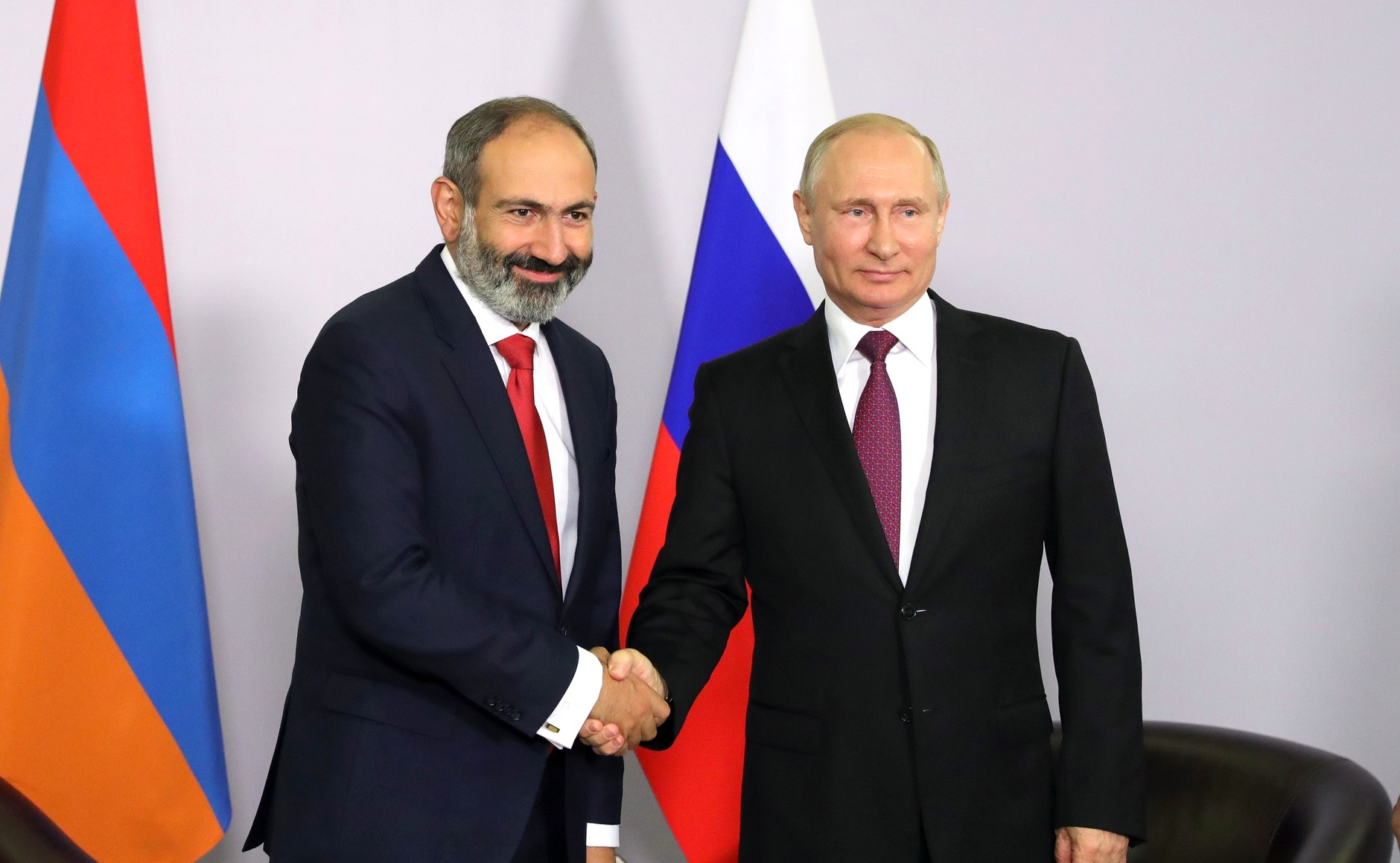 Nikol Pashinyan et Vladimir Poutine