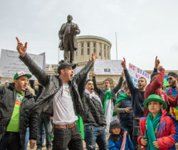 En Irak, au Liban et en Algérie, la jeunesse se révolte contre des sociétés paternalistes