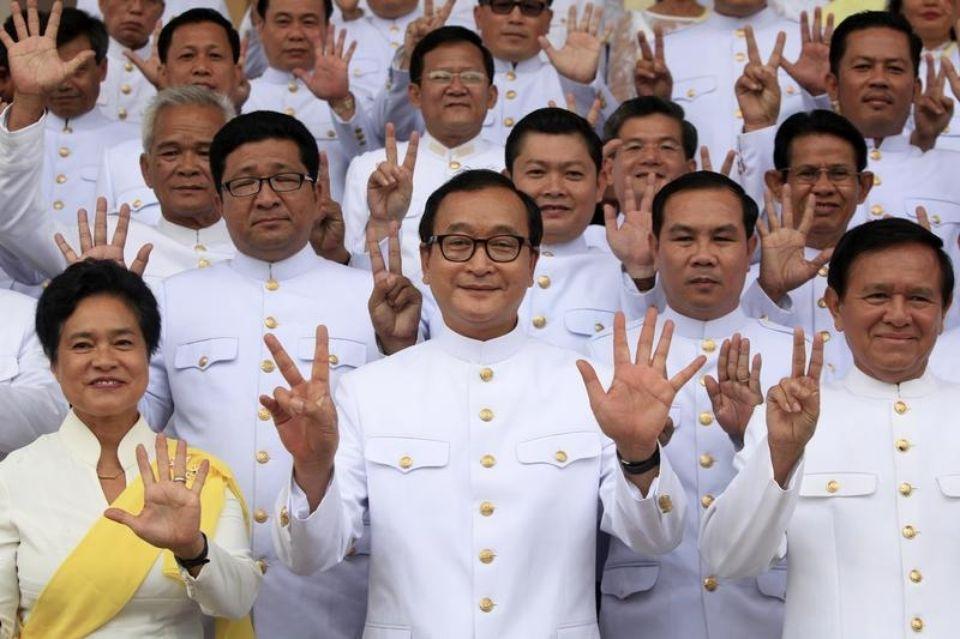 En 2015, de lourdes peines ont été prononcées contre des membres de l'opposition cambodgienne