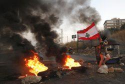 Après une accalmie fin 2019, les manifestations ont de nouveau basculé dans la violence au Liban.