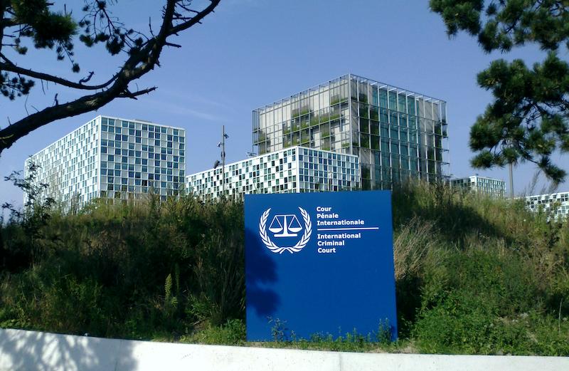 La compétence de la Cour n'étant pas rétroactive, elle traite les crimes commis à compter dU 1 juillet 2002