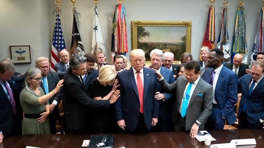 Donald Trump au centre des prières des évangéliques