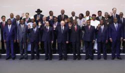 Vladimir Poutine est les dirigeants africains