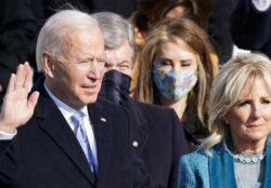 Joe Biden prête serment